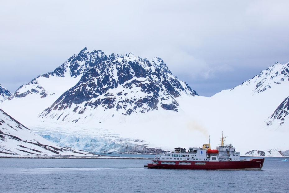 Cruise ship Polar Star